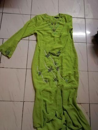 Dress hijau epal