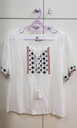 White Blouse with Pattern #EST50