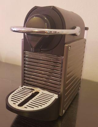 #EST50 Nespresso Pixie Coffee Machine