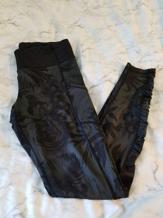 Lululemon Speed Tight Brisk Bloom Size 10