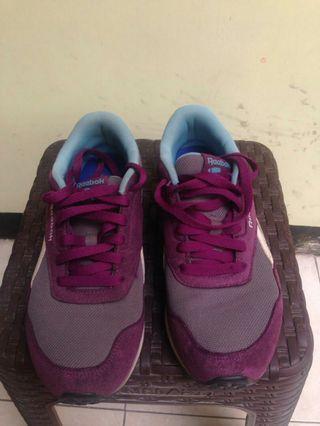 Sepatu Reebok ORI