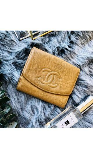 CHANEL WALLET BEIGE CAVIAR LEATHER BIFOLD AUTHENTIC VINTAGE CW036
