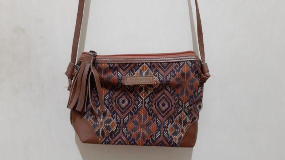 Khamarani mini sling bag