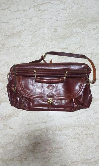 Central leather duffle bag