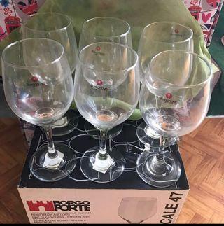 Wine Glasses x6 (New)