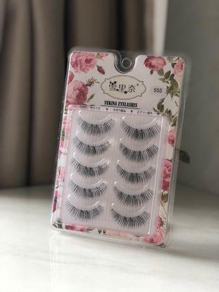 🚚 Fake lashes (555)