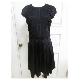 🚚 le polka 純黑 前蕾絲拼接 雪紡西裝料 洋裝