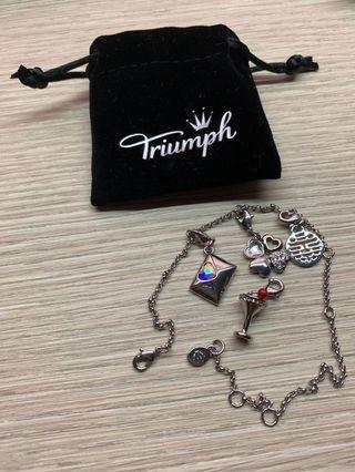 Triumph ft Swarovski charms