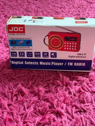 Digital Selects Music Player / FM Radio