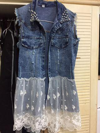 全新牛仔拼蝴蝶lace腳珍珠領背心外套
