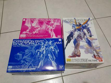 🚚 MG 1/100 Victory Two Gundam Full set
