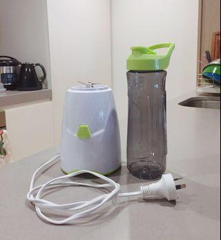 Drink Bottle Blender