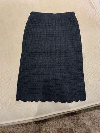 Scallop Knitted Skirt in grey
