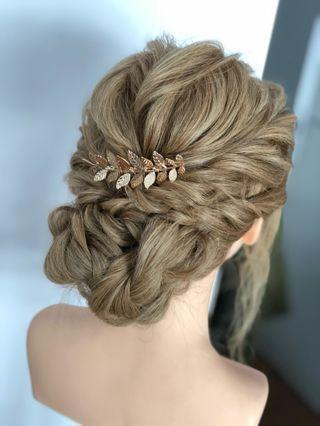 🚚 Bridal hair piece/ bridal hair accessories