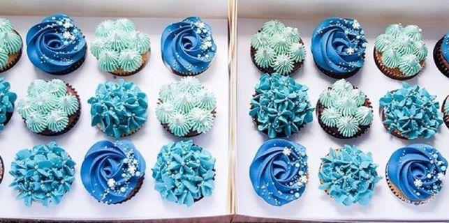 🚚 Frozen themed cupcakes