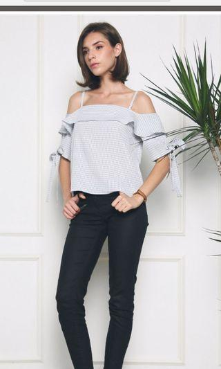 🍏BRAND NEW Hollyhoque Cold Shoulder Blouse- #EndgameYourExcess