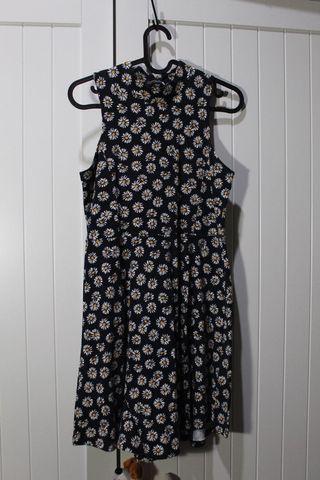 sun flower mini dress 🌻