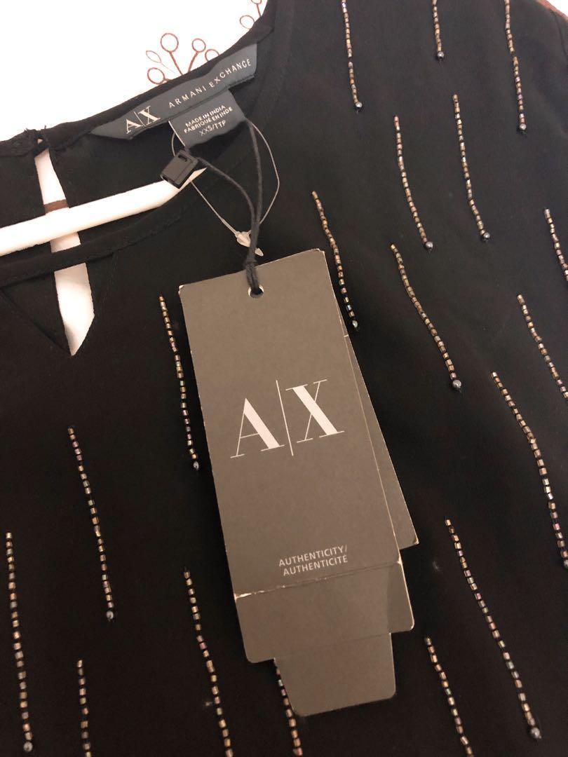 全新未剪牌 Armani Exchange 黑色夏季上衣