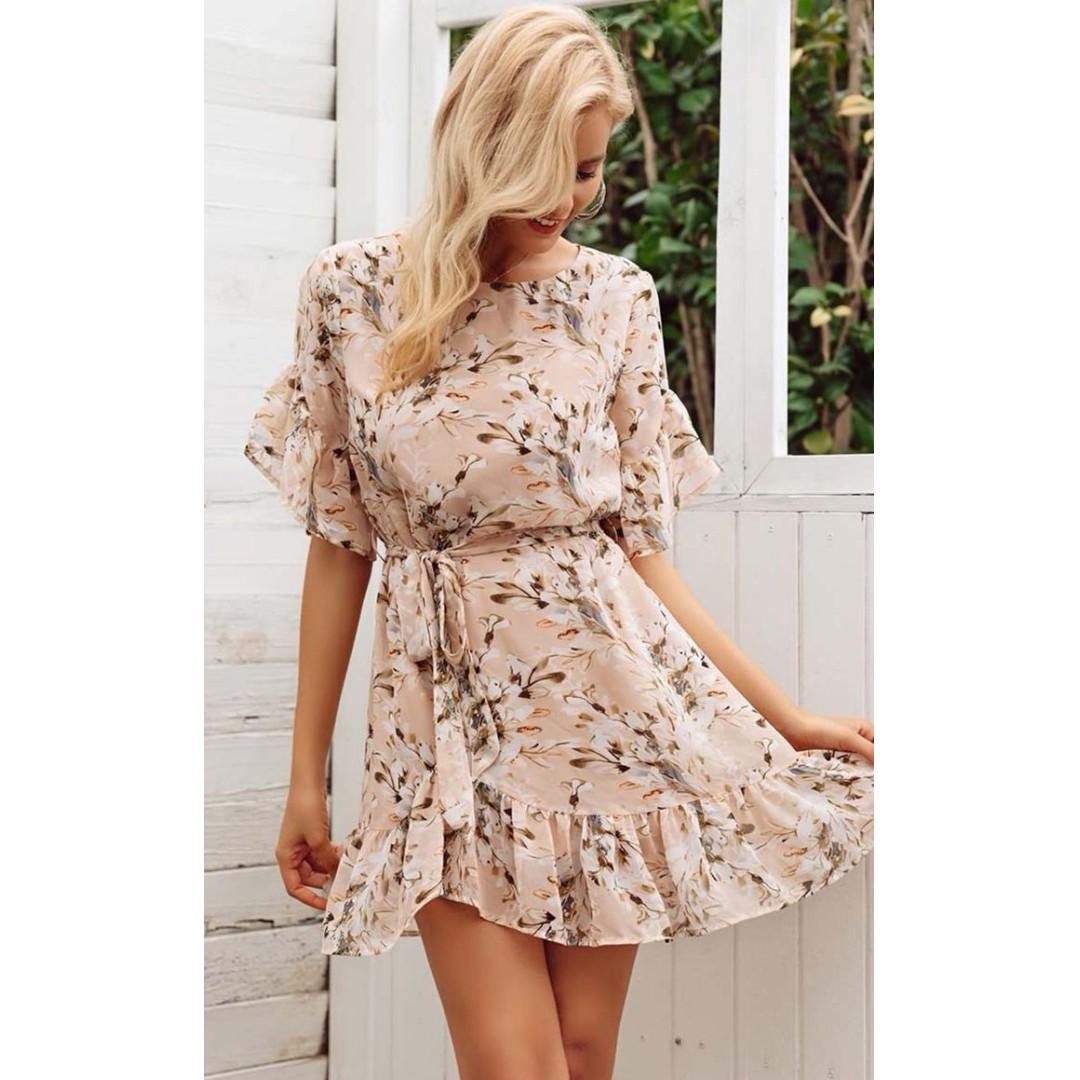 AFTERPAY AVAILABLE - DELICATE FLORAL DRESS - SIZES SMALL & MEDIUM AVAILABLE