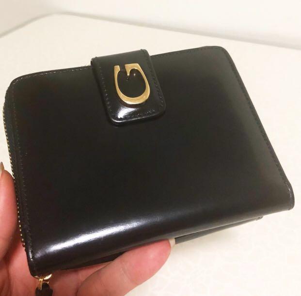 d45c9c1b2d98 Authentic - Gucci vintage leather wallet black, Luxury, Bags ...