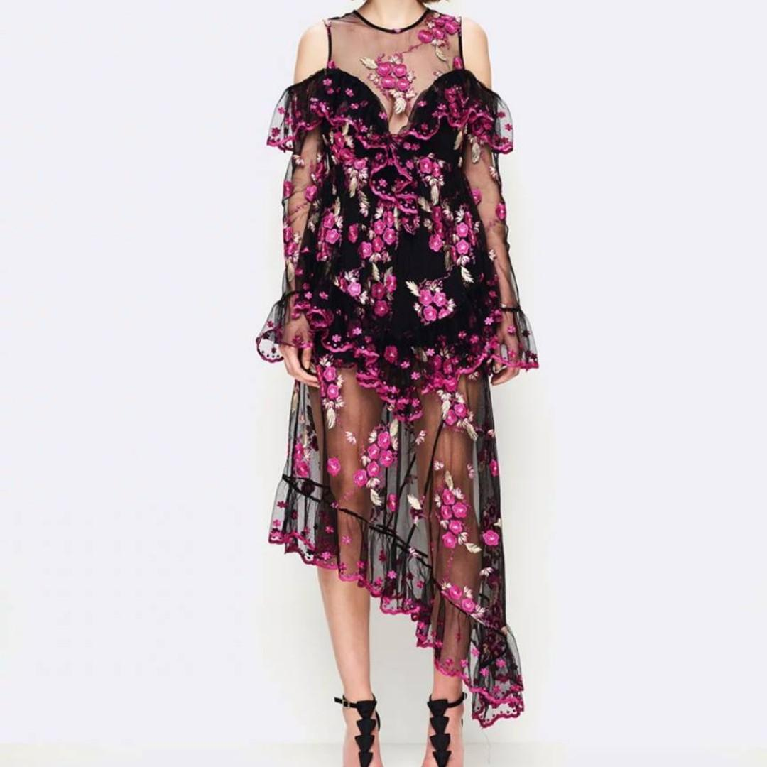BNWT ALICE MCCALL BLACK & VIOLET MIRAGE GOWN - SIZES 6 & 8 (RRP $590)