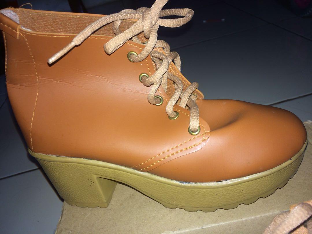 Boots Docmart #freeongkir