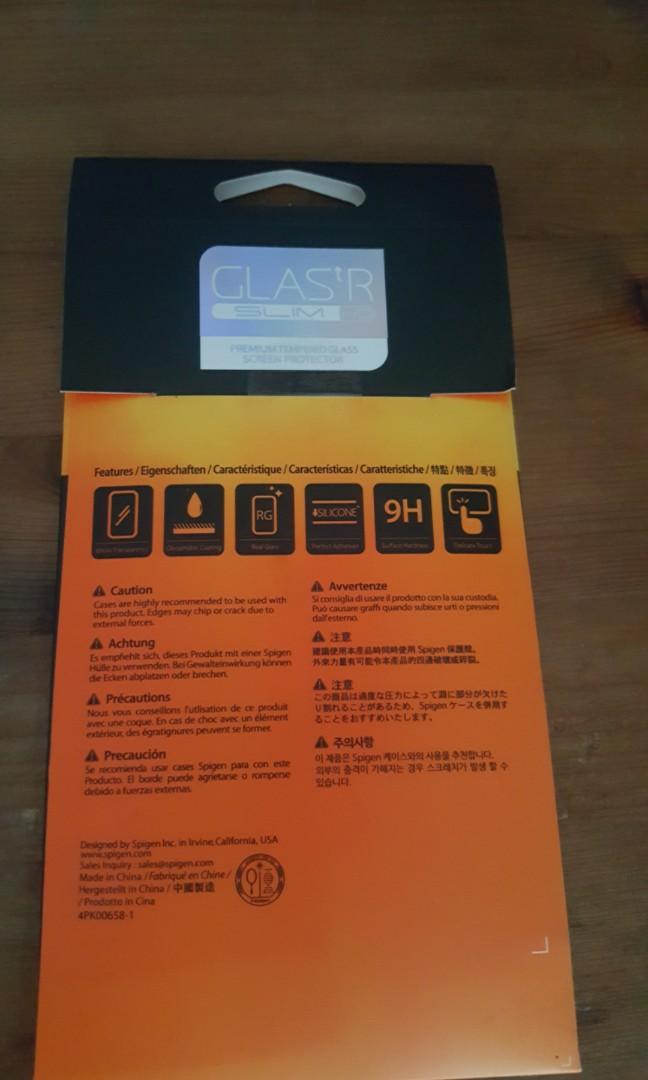 Spigen iPhone 7 plus premium tempered glass screen protector