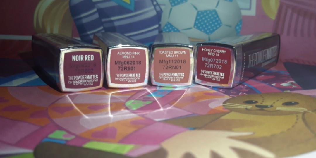 Lipstik maybelline powdermattes