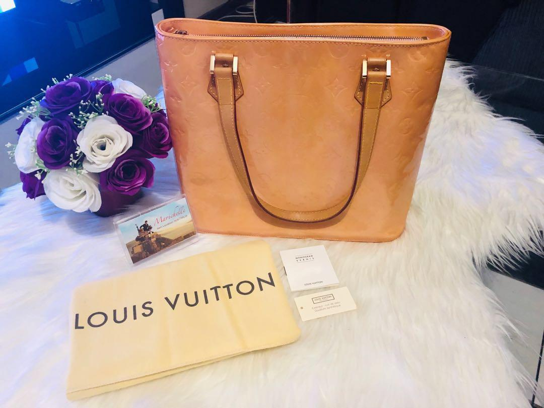 Louis Vuitton Houston Vernis Shoulder Bag