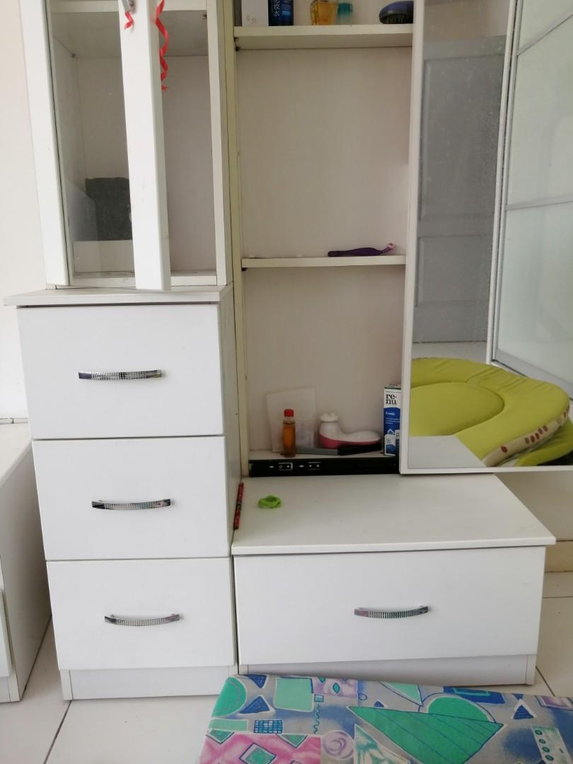 Modern White Dressing table with drawer