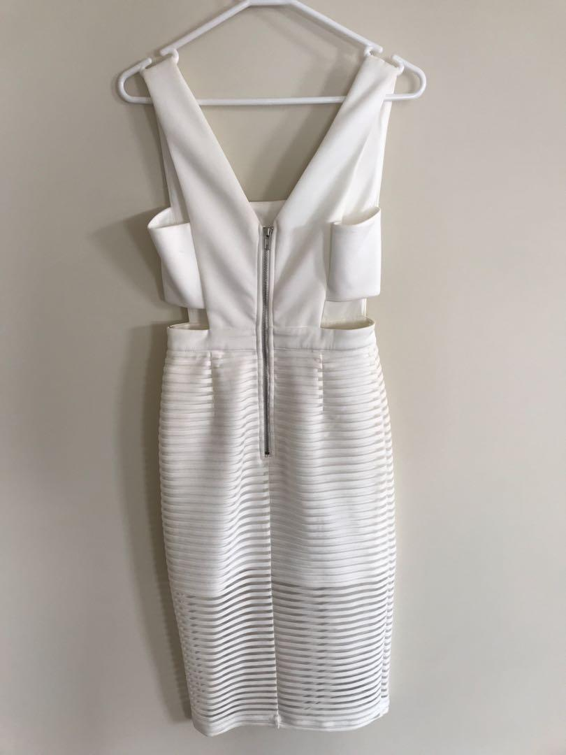 Mustard Seed White Stretchy Dress - Postage Included