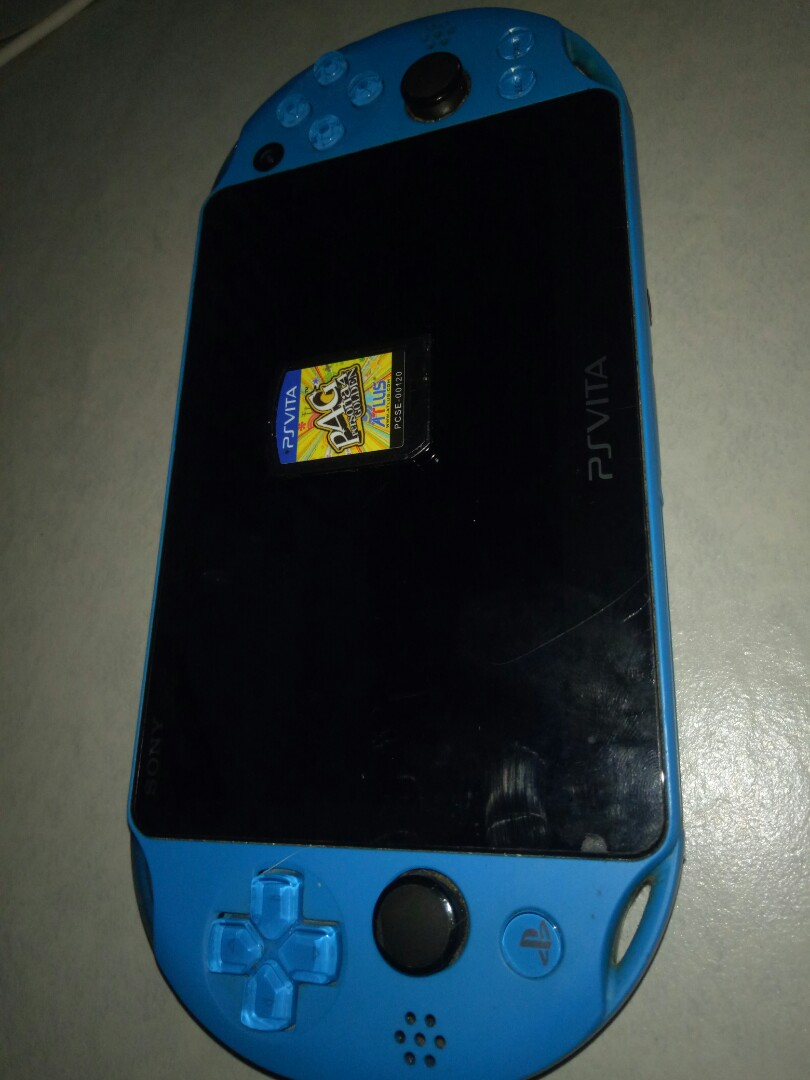 Ps vita with free games and mmc