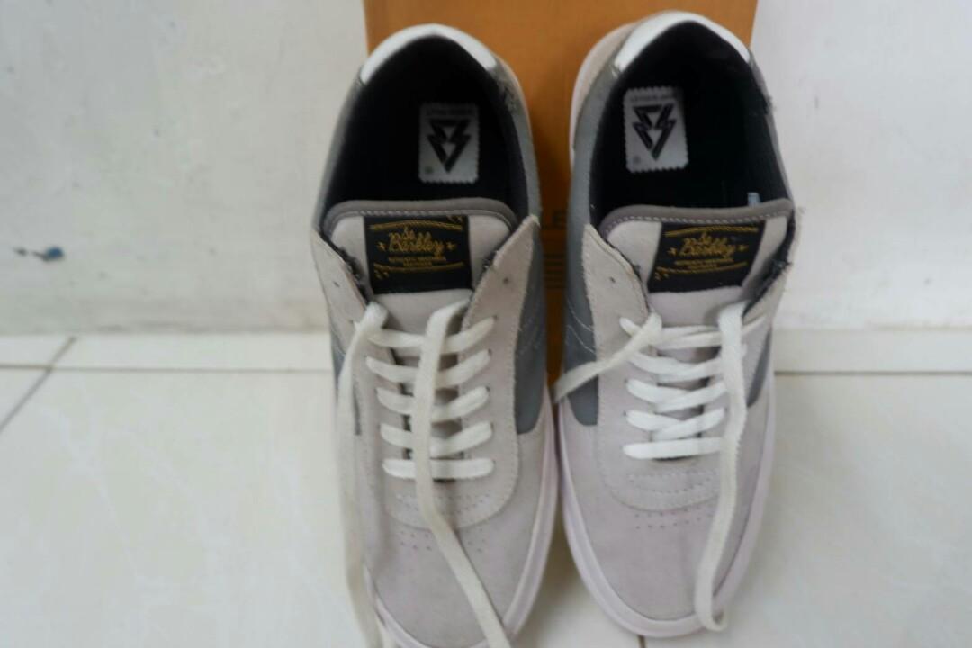 Sepatu SaintBarkley ORI