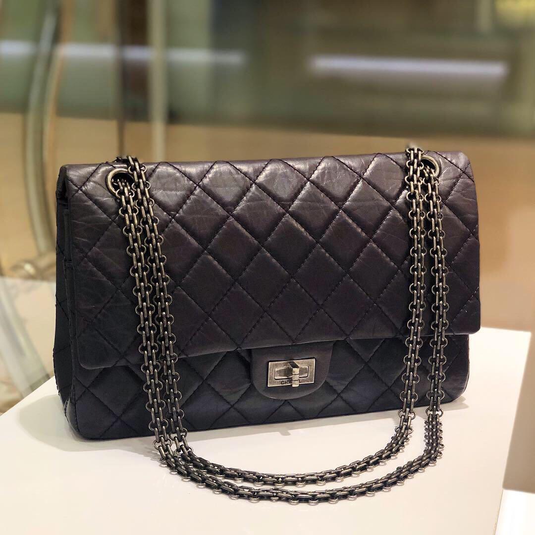 b155c9363a957d ✖️SOLD!✖ Superb Deal!💜💜 Chanel 2.55 Reissue 226 Flap in Plum ...
