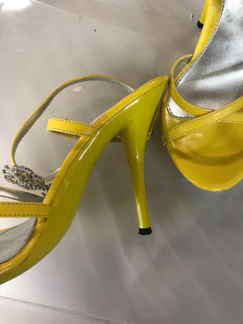 Yellow Stiletto with Butterfly embellishment