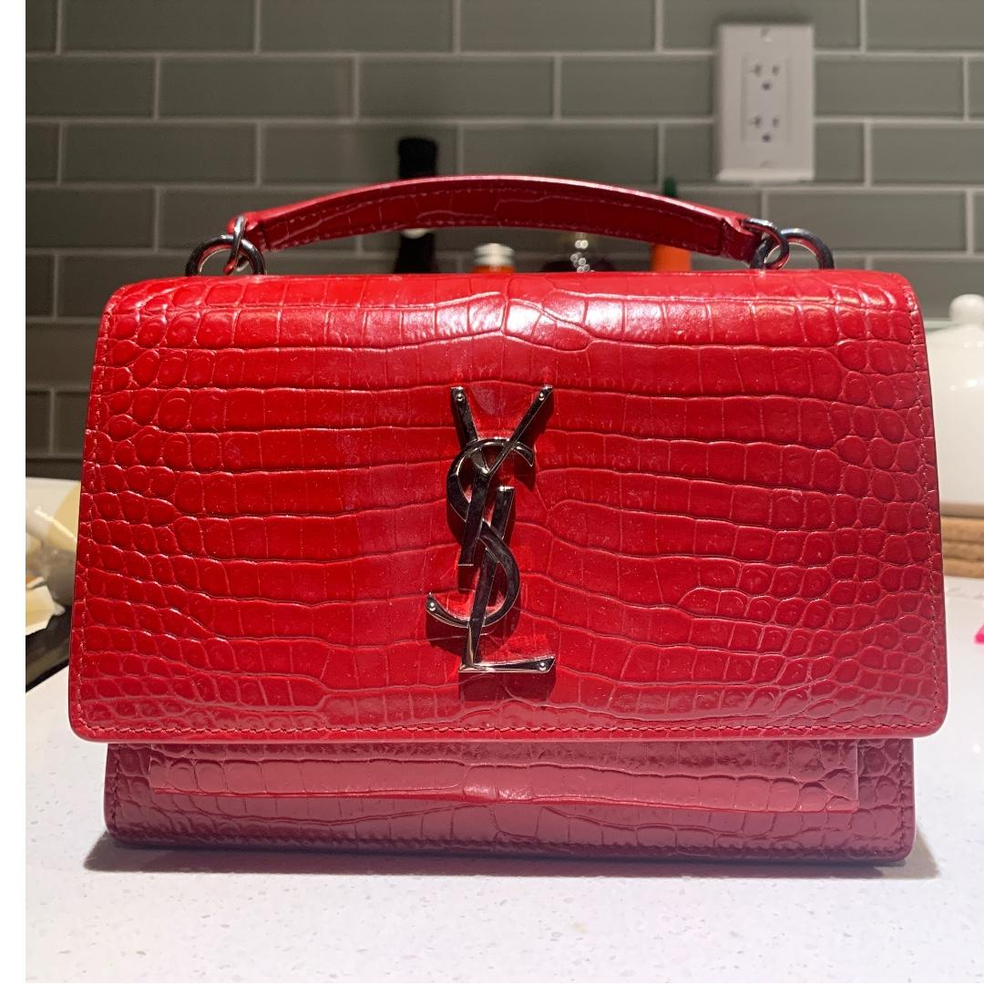 YSL SAINT LAURENT SUNSET CHAIN WALLET IN CROCODILE LEATHER in RED