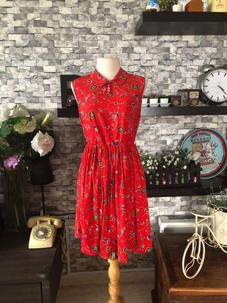 Vintage 1980s red floral day dress