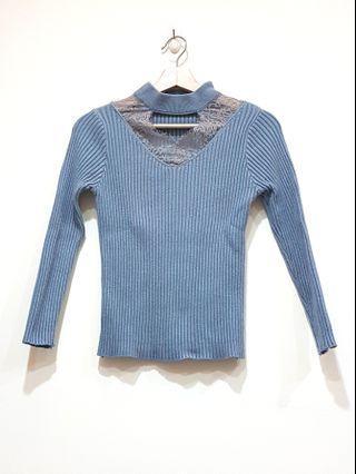 🚚 莫蘭迪藍V領透膚針織長袖上衣
