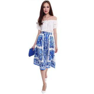 🚚 MDS Shiloh Midi Skirt in Blue Floral