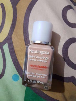 Neutrogena skinclearinh oil free makeup blemish treatment foundation