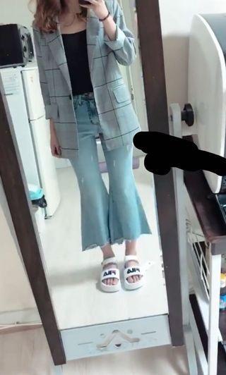 🚚 Bell bottom jeans