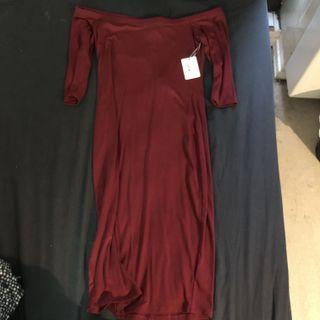 Dark Red Off-Shoulder Knee Length Dress
