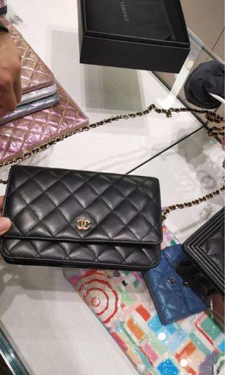 3a499e4535ef Chanel 全新Woc 黑色羊皮齊盒單防塵袋ID card
