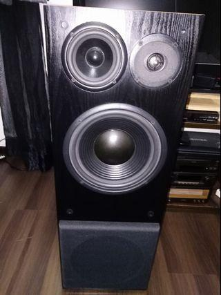 🚚 ROBERTSON AUDIO SILVERLINE 25 SPEAKERS
