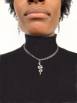 Serpent chain necklace