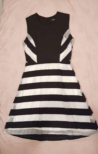 Beautiful INTRO stripe dress