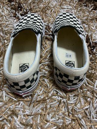 🚚 Vans Checkered Shoes