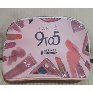 Lakme pouch make up