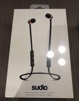 Sudio Vasa (BNIB Sealed)
