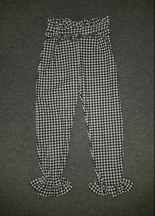 Checkered Black and White 3/4 Pants